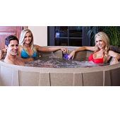 Newquay 4-5 person hot tub